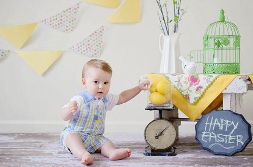 a8cc18399 Baby's first Easter picture: from outfit to a photoshoot set - Baby  Lifestyle